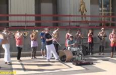Super Talented Street Performers in Paris France